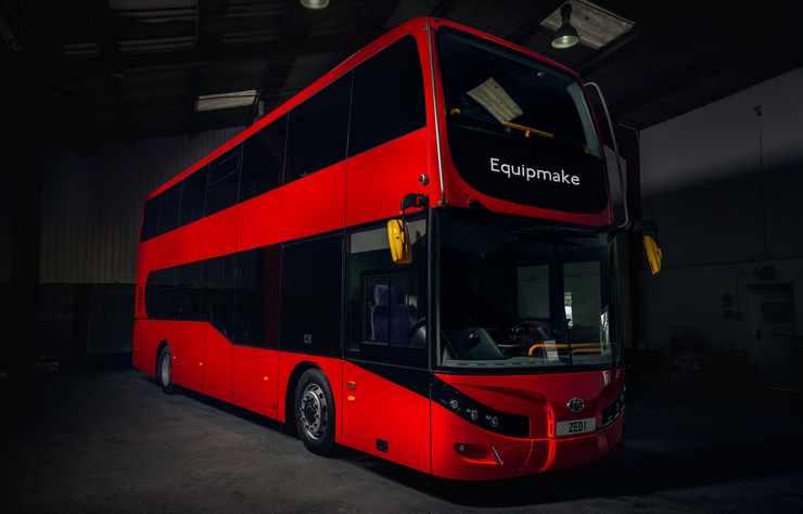 autobus électrique Jewel E par Equipmake avec Beulas
