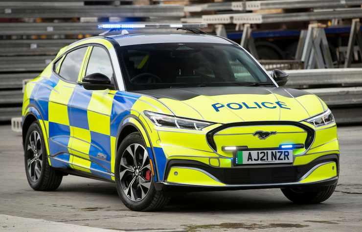 Ford Mustang Mach E testée par la police anglaise