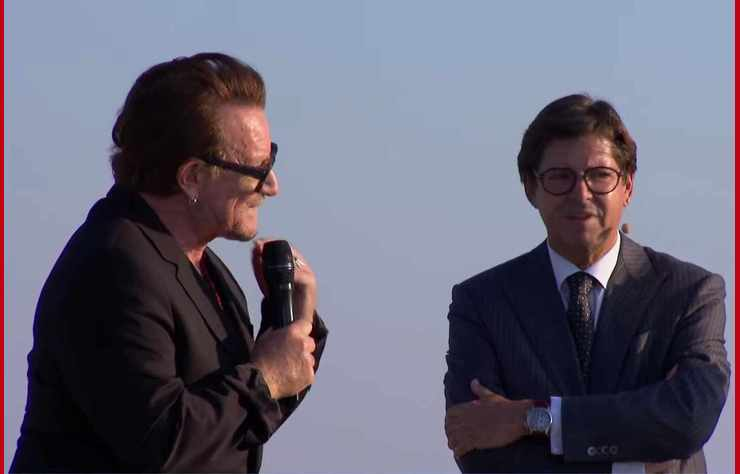 Bono et Olivier François
