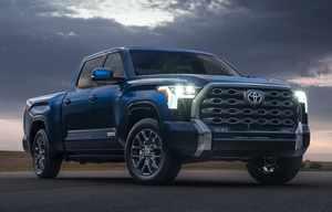 Un peu d'hybride dans l'énorme Toyota Tundra