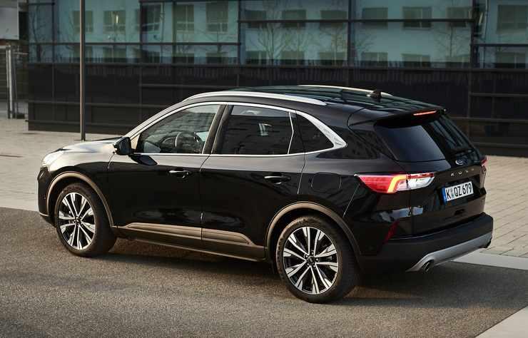 Ford Kuga hybride au superéthanol E85