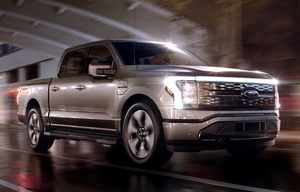 Ford double la production de son pick-up électrique F-150 Lightning