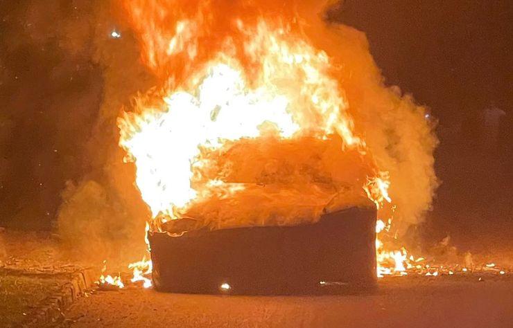 Tesla Model S Plaid en feu