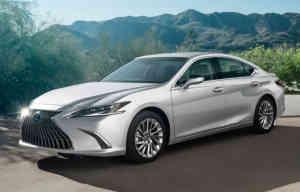 Lexus ES: mise à jour d'une favorite