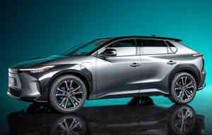 La première Toyota électrique sera... Conventionnelle