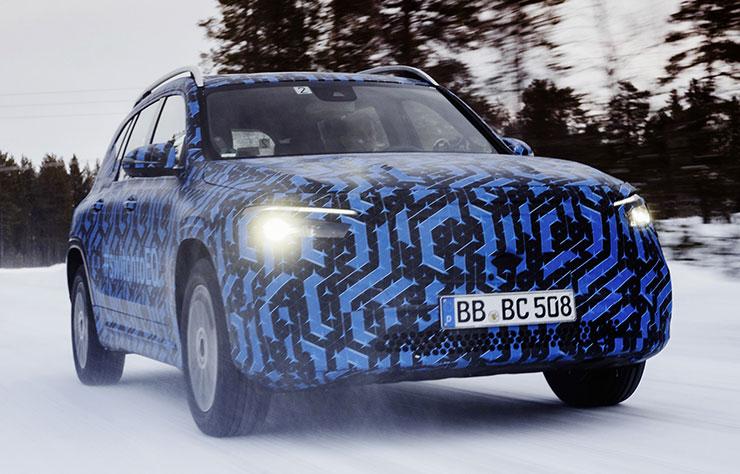 Prototype Mercedes EQB