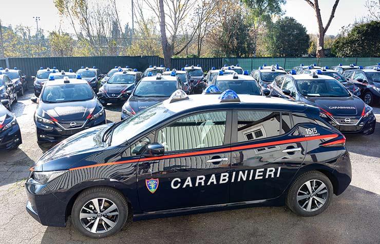 Nissan Leaf électrique des carbinieri