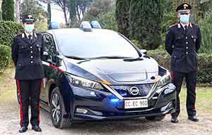Les carabiniers italiens ont choisi la Nissan Leaf