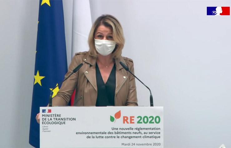 Barbara Pompili ministre de l'environnement présente la RE2020