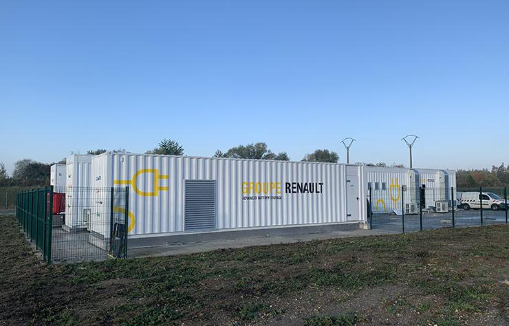 Stockage d'énergie électrique avec batteries usagées de Renault Zoé