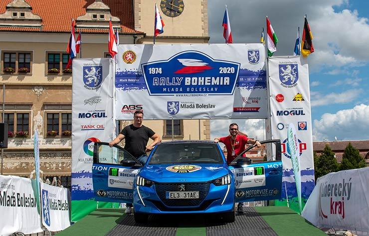 Peugeot e208 au rally de Bohème