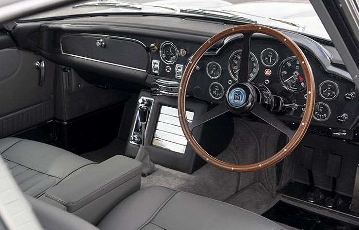 Aston Martin DB5 de James Bond dans Goldfinger