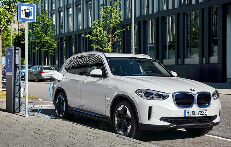BMW iX3 électrique