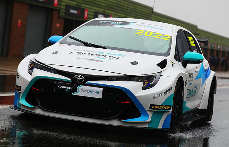 Toyota Corolla hybride de compétition par Cosworth