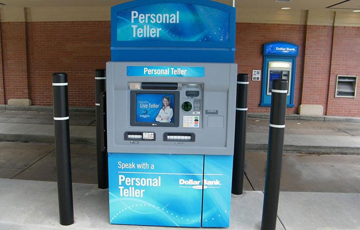 Distributeur de billest de banque pour automobilistes aux Etats-Unis