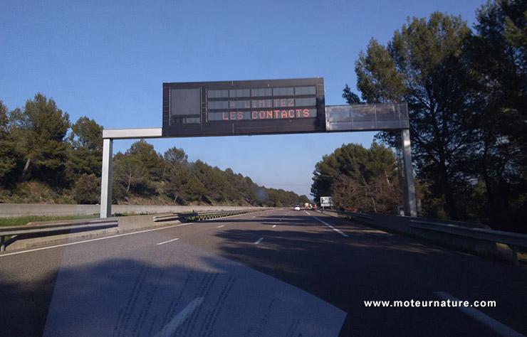 L'autoroute déserte