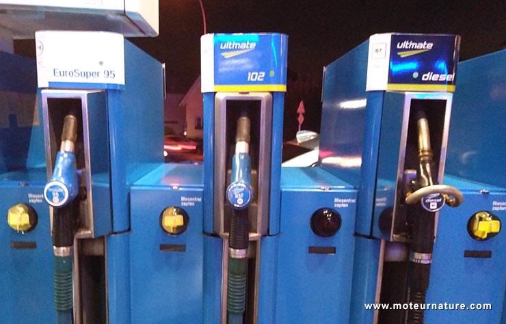 Pompe à essence et gazole