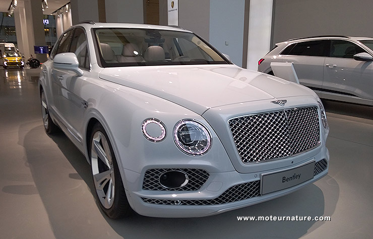 Bentley Bentayga hybride
