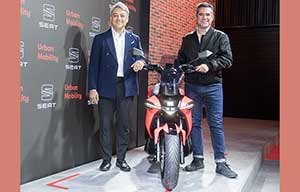 Luca De Meo confirme la diversification de Seat avec un scooter électrique