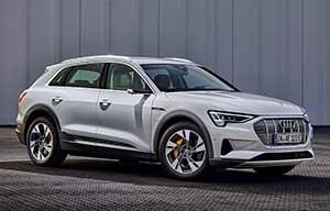 Audi lance une e-tron 50 Quattro plus abordable