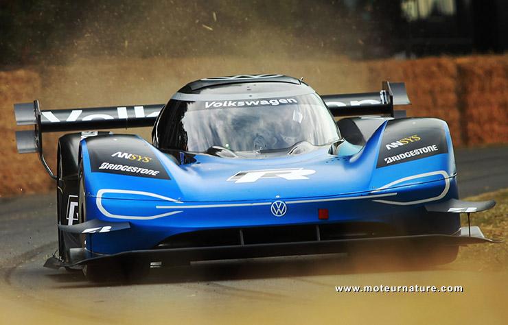 Volkswagen ID-R sur le circuit de Goodwood