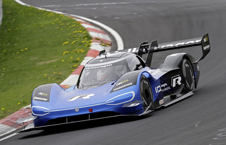 Volkswagen ID R sur le circuit du Nurburgring
