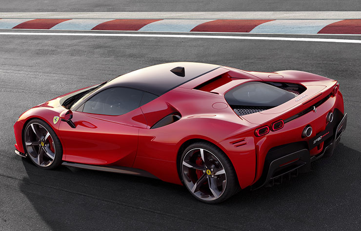 Ferrari SF90 Stradale hybride rechargeable