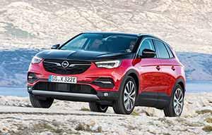 Opel Grandland X Hybrid4, le quatrième n'a rien d'un dernier