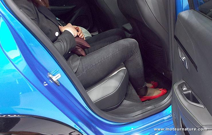 Intérieur de la Peugeot e208