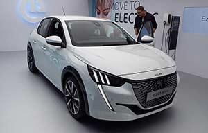 La Peugeot e208 face à la Renault Zoé: leur plus grande différence