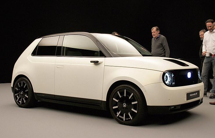 Borne De Recharge >> Honda e Prototype électrique, premiers clichés