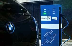 BMW et Daimler s'associent dans les services de mobilité