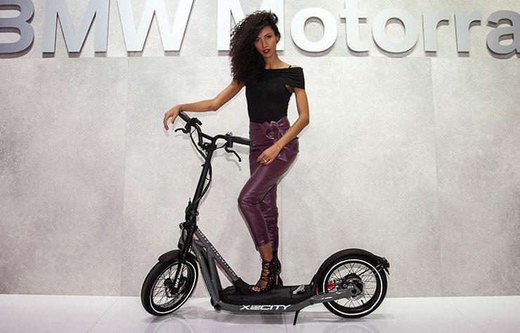 trottinette électrique BMW X2City
