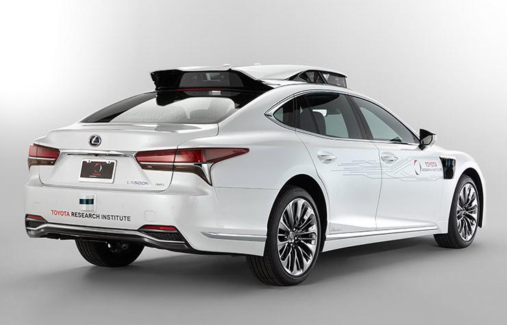 Prototype autonome Lexus LS500h