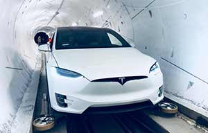Elon Musk a creusé sa première mini autoroute privée