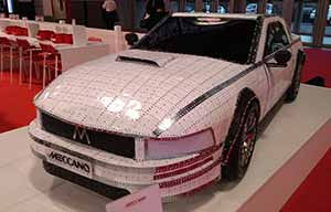 Salon de Paris: Meccano, c'est mieux que Lego!