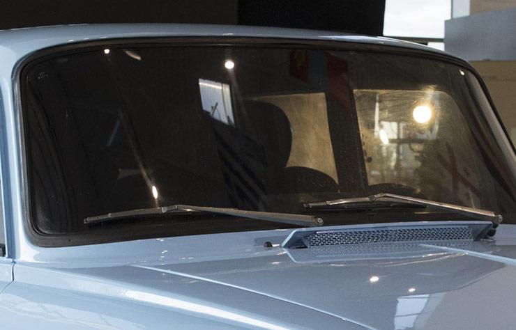 Kalashnikov CV-1 : Tirer sur Tesla ! (2018)