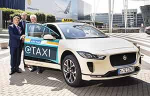 Des taxis électriques Jaguar I-Pace à Munich