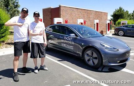 Record d'autonomie en Tesla Model 3