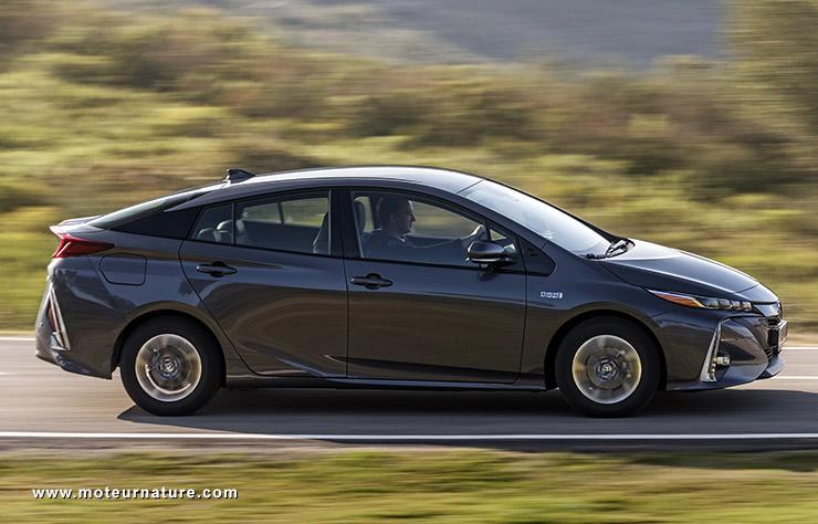 Les roues vertes de MoteurNature : Toyota Prius plug-in