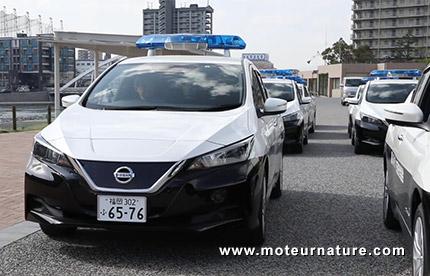 Nissan Leaf police japonaise
