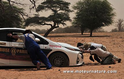 Prius rechargeable au Sahara