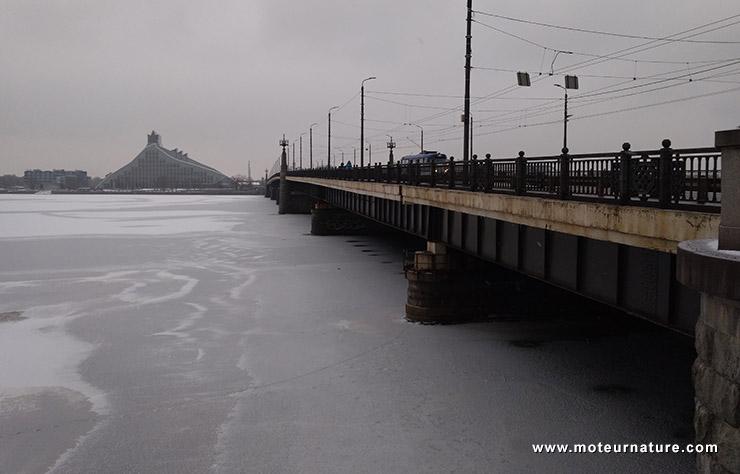 La Daugava gelée à Riga