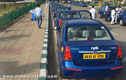 Taxi électrique Mahindra de RYDS
