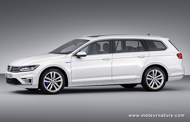 volkswagen passat gte familiale hybride rechargeable. Black Bedroom Furniture Sets. Home Design Ideas
