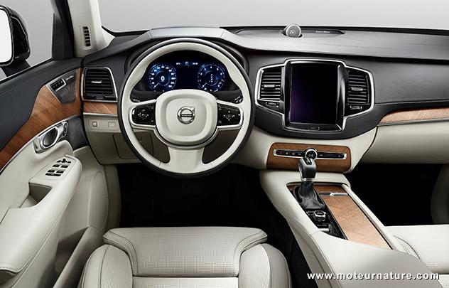 Volvo XC90 planche de bord