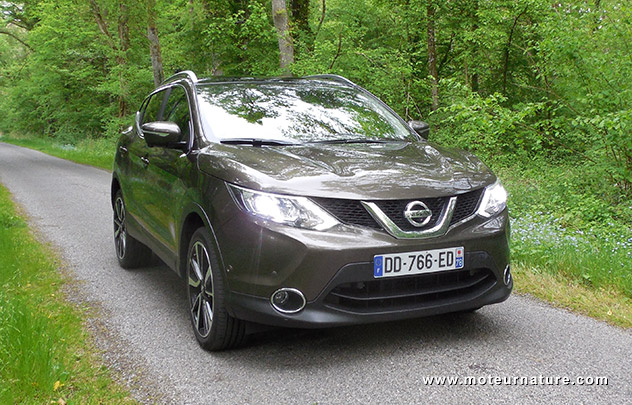 essai nissan qashqai voiture galerie. Black Bedroom Furniture Sets. Home Design Ideas