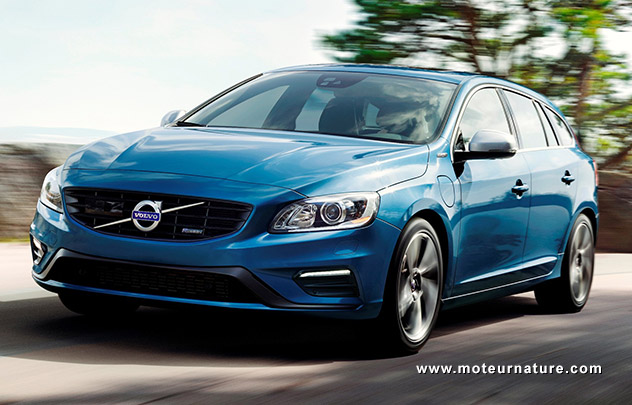 la volvo v60 hybride rechargeable r design. Black Bedroom Furniture Sets. Home Design Ideas