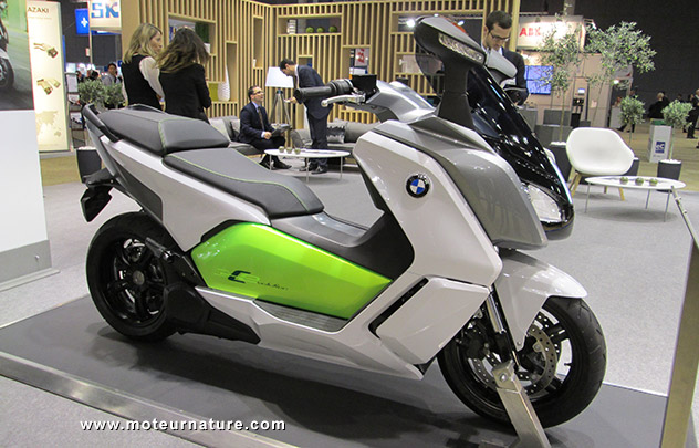 le prix du scooter lectrique bmw c evolution. Black Bedroom Furniture Sets. Home Design Ideas