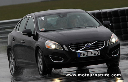 Volvo teste le Flybrid sur sa S60